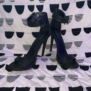 Mossimo black heels sz 8